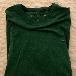 Tommy Hilfiger Plain Logo T-Shirt in Dark Green XS